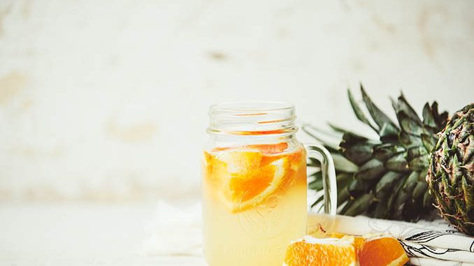 pineapple orange detox water